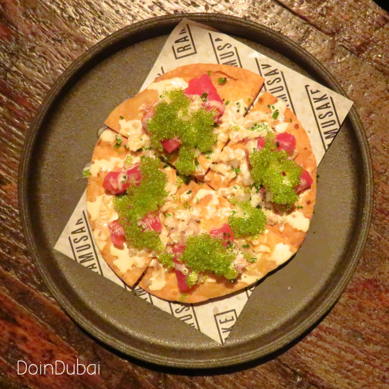Ramuksake DoinDubai Full tuna pizza