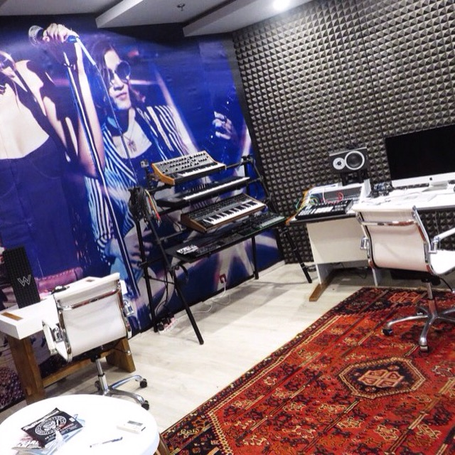 Bali Hotels DoinDubai W hotel recording studio
