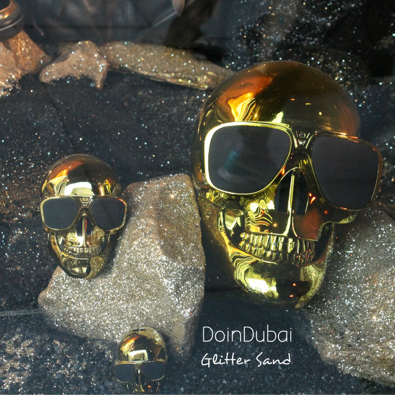 Christmas in London DoinDubai Golden skulls