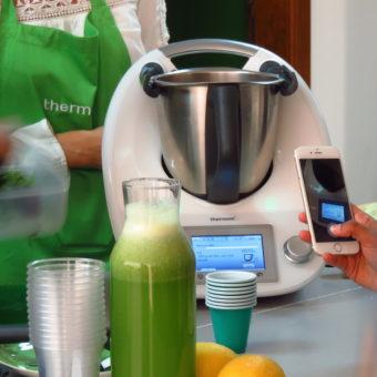 Thermomix in Dubai Blogger Event DoinDubai Making MInt Lemonade gallery