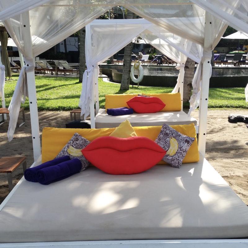 Bali Hotels DoinDubai W Bali sunbeds