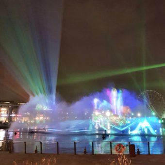 Outdoor Dubai Dining DoinDubai The Fish House Laser Show