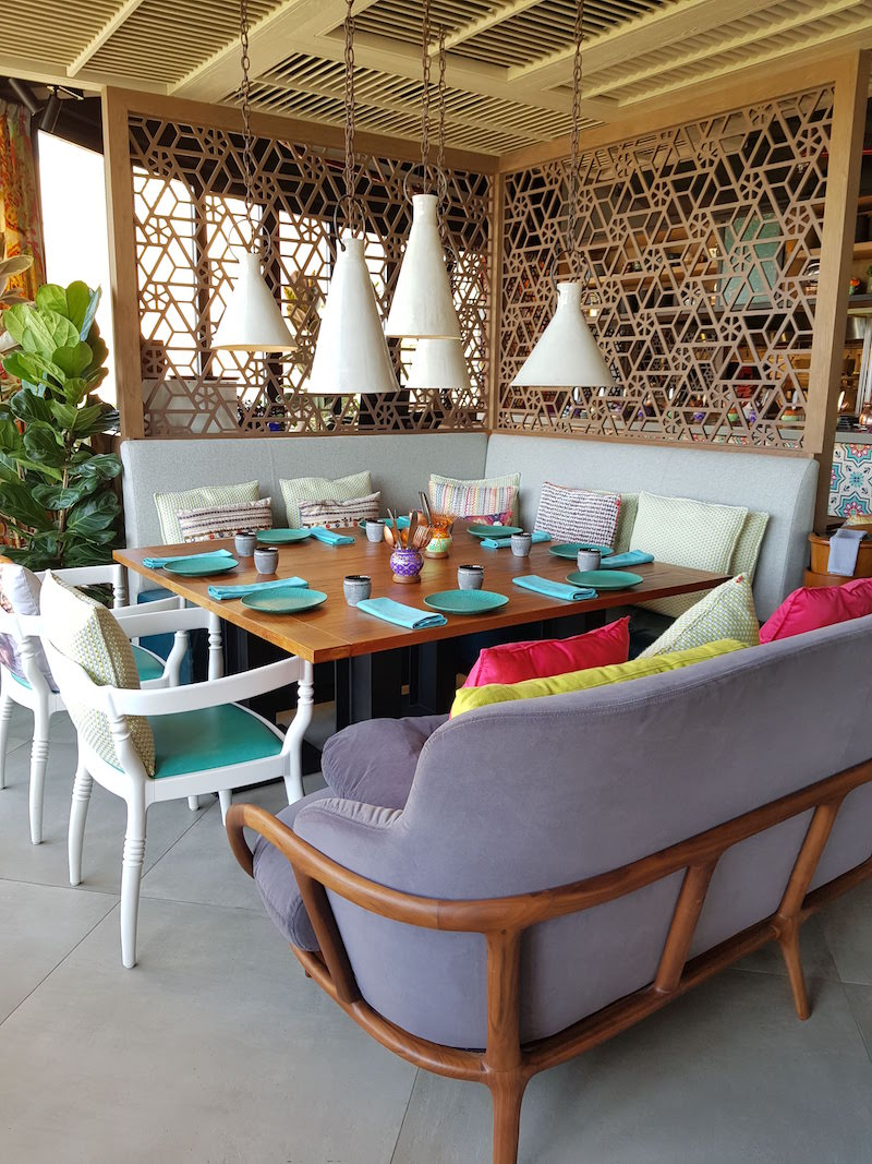 Indya Dubai DoinDubai Group Seating
