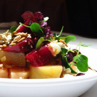 Beetroot salad food news and reviews DoinDubai