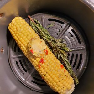 AIR FRYER CORN ON THE COB BBQ STYLE DOINDUBAI with butter and rosemary