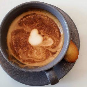La Parisienne Cafe DoinDubai Flat White just AED 15